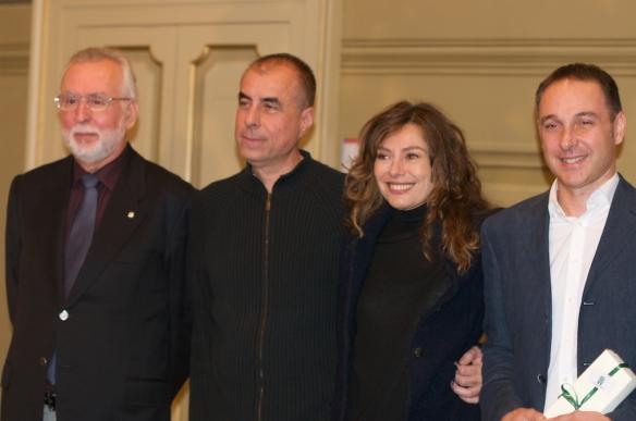 Alla sinistra di Carla Massimiliano Bacchi, Figlio di Alberto. Foto di Cristina Paesani